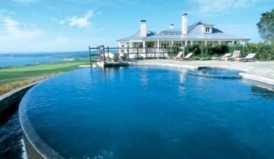 The Lodge at Kauri Cliffs: Our infinity pool has sweeping views of the bay