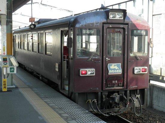 Kanto (bölge), Japonya: 始発駅の桐生駅に停車している車両