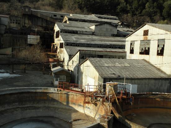 Kanto, Japan: 車窓から見える足尾銅山の跡