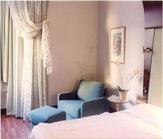 Hotel Rivoli Jardin: Standard room