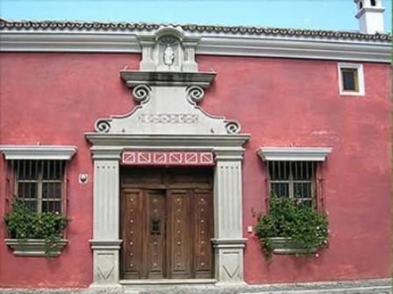 Hotel Palacio de Dona Beatriz: Exterior