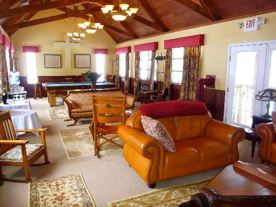 Carmel Cove Inn at Deep Creek Lake: Common Room
