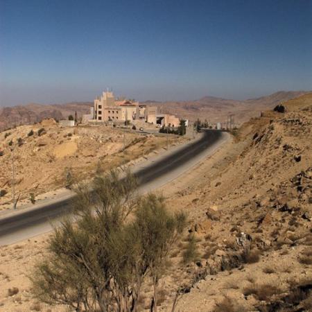 Movenpick Nabatean Castle Hotel: Exterior View