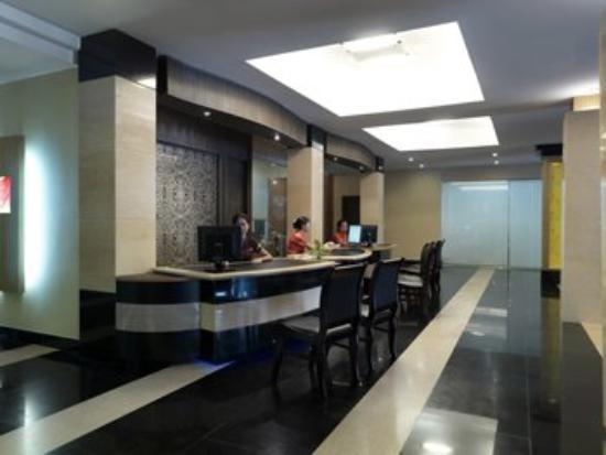 Tai Ming Plaza Hotel: Lobby View