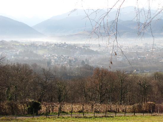 Amphitryon: View to Pyrenees