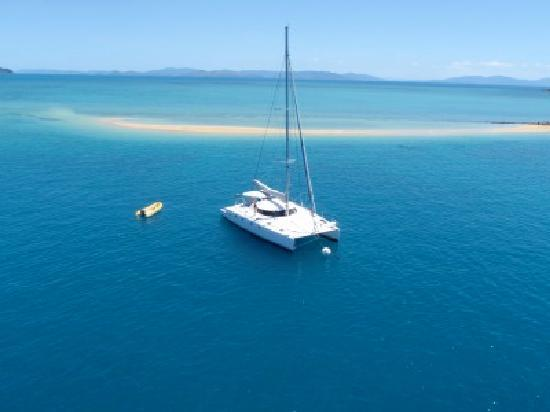 ISail Whitsundays : On Ice at anchor