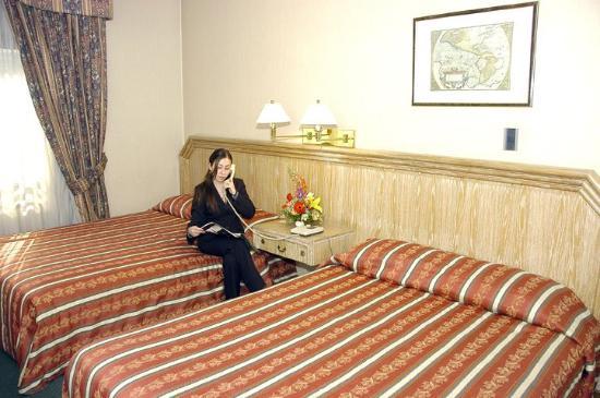 Hotel Diego de Almagro Santiago Centro: Guest Room