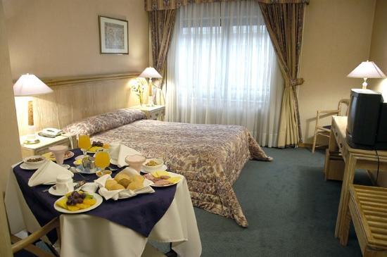Hotel Diego de Almagro Santiago Centro: Suite