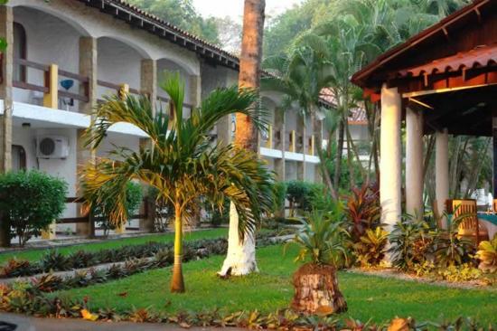 Hotel Fuego del Sol: Exterior view
