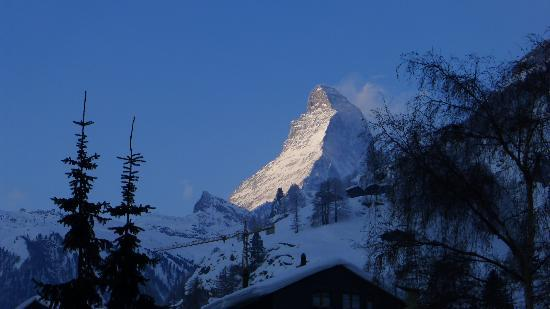 Hotel Monte Rosa: Is there a better view first thing in the morning?