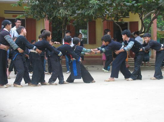 Vietnam : Mu Quang Chai