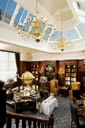 Hotel 41: The Executive Lounge