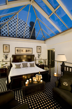 Hotel 41: Conservatory Suite