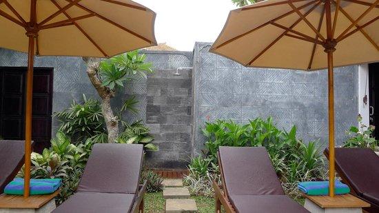 Villa Teman: Poolside
