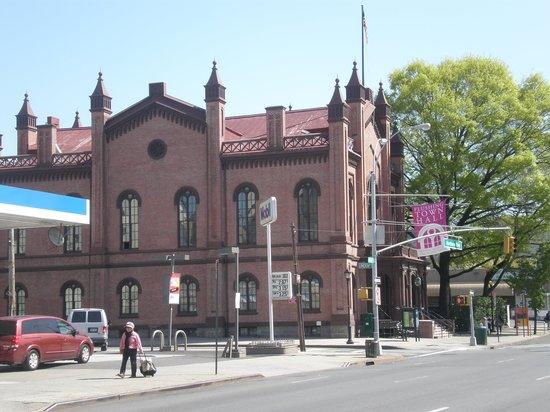 Flushing Town Hall
