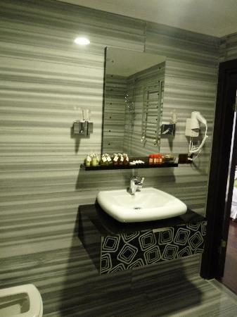 Kumru Hotel: salle de bain