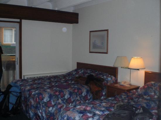 Banff Voyager Inn: お部屋ここに4人で泊まりました