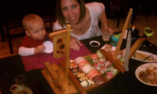 Yamafuji Japanese Restaurant: Sushi Boat!