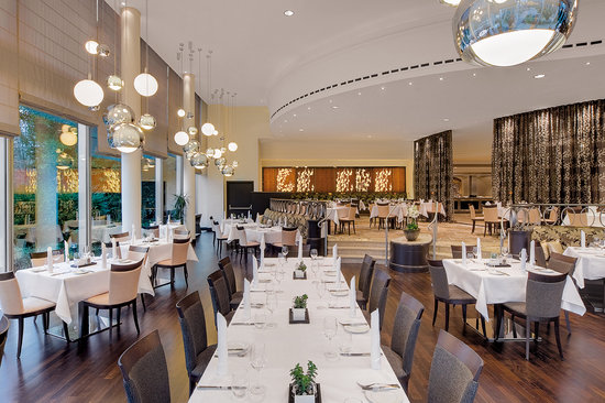 Tivoli Restaurant at Hilton Munich Park Hotel