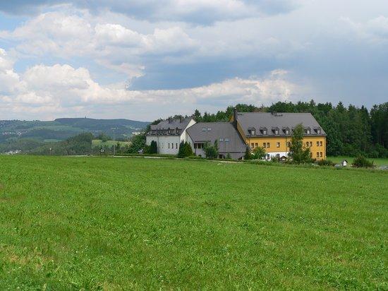 """Hotel & Restaurant """"Danelchristelgut"""": schöne Lage in grüner Natur"""