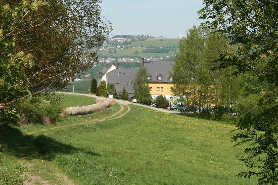 "Hotel & Restaurant ""Danelchristelgut"": Wanderweg zum Hotel"