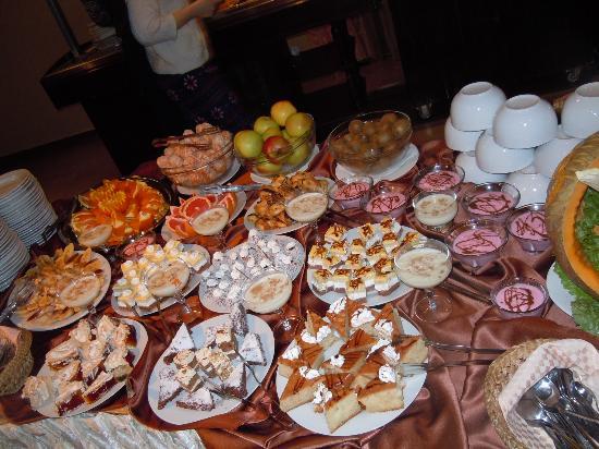 Snezhanka Apartments TMF: Cakes yum yum