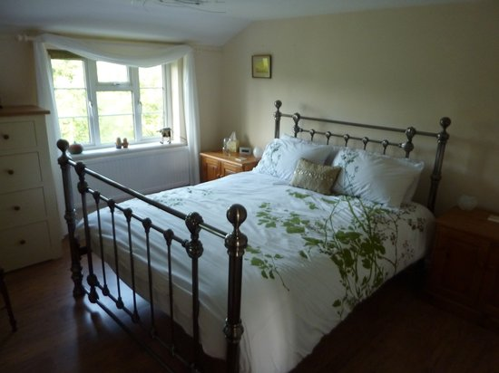 Crohendra Bed & Breakfast : Comfortable quality bed