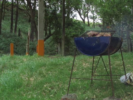 Libertad, Uruguay: El medio tanque alquilado y el asado en camino