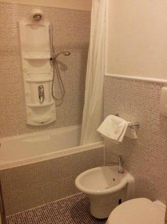 Hotel Tiepolo : Salle de Bain