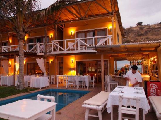 Sunset Suites & Boutique : El restaurant, lindo lugar