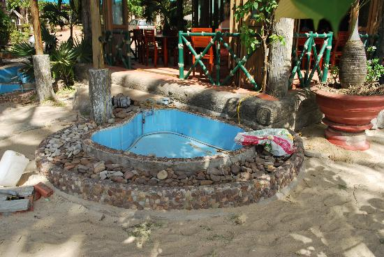 Mai Phuong Beach Resort: water feature