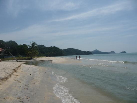 The Lanai Langkawi Beach Resort: Strand