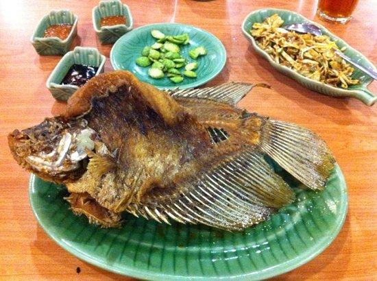 Ikan Bakar Cianjur : gurame And karedok