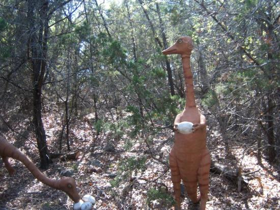 Dinosaur Trail Cabins and Cottages: dinosaur on the trail out back