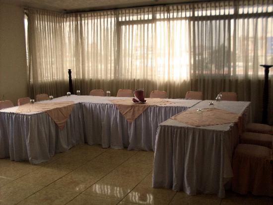 Hotel Aramo: Hall