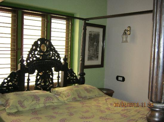 Kaiya House: English Room