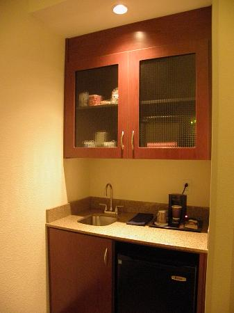 Full wet bar with plenty of storage - Picture of SpringHill Suites ...
