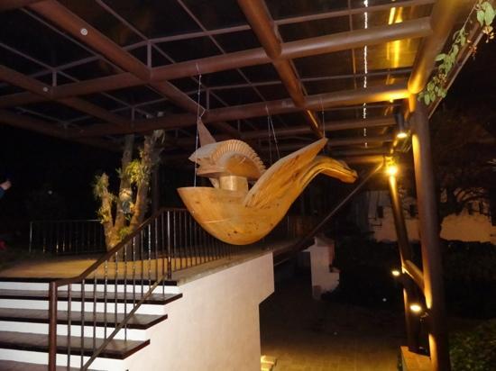 Porta Hotel Antigua : un quetzal