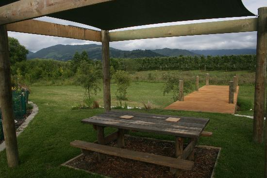 Eden's Edge Lodge: Excellent outdoor space