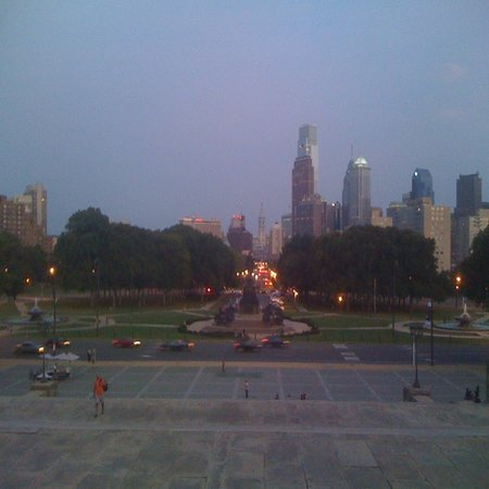 Philly Tour Hub: Rocky Steps @ Night