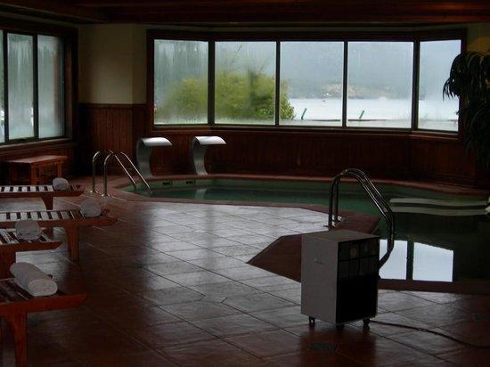 Hotel Loberias del Sur: Heated pool.