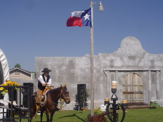 The Alamo Mission Museum of Franklin County: Always something going on here