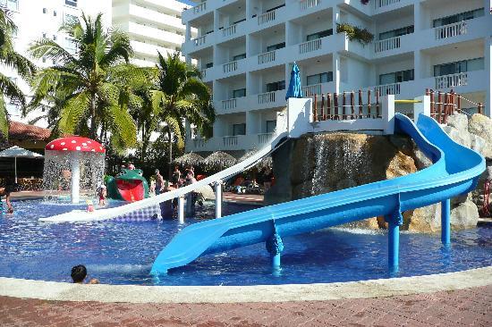 Jeux D Eau Picture Of Marival Resort Amp Suites Nuevo Vallarta Tripadvisor