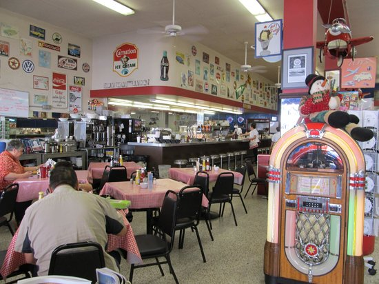 Watson drug store and soda fountain orange restaurant for Old fashioned soda fountain near me