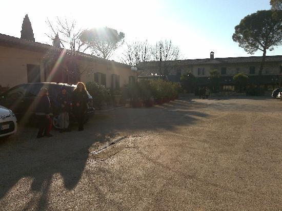 Hotel Villa Elda: piazzale