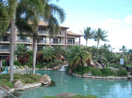 Lawai Beach Resort The Tropical Banyan Pool