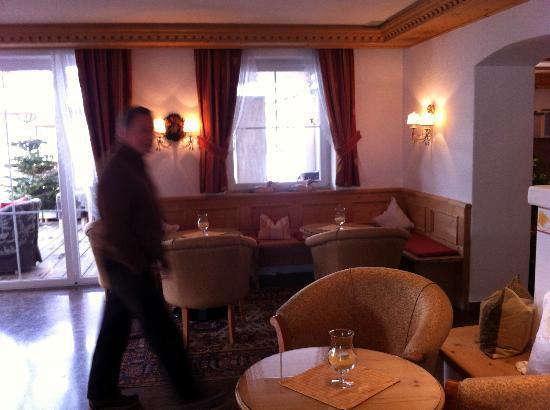 Hotel Acadia: A3