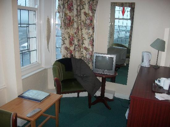 The Broadway Hotel: Sitting area