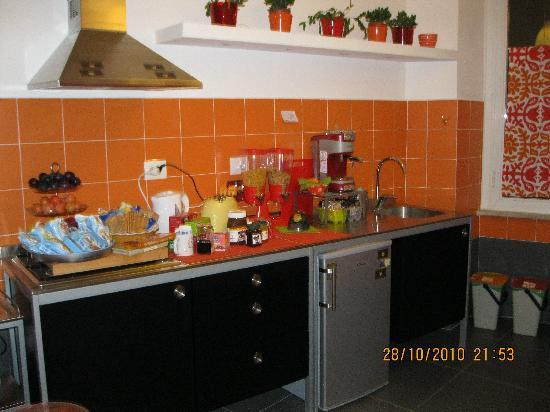 Labicana42 B&B: Lovely kitchen