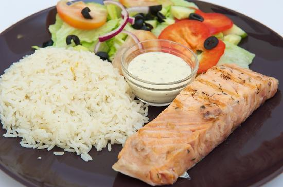 Grizzly Grill: Salmon steak